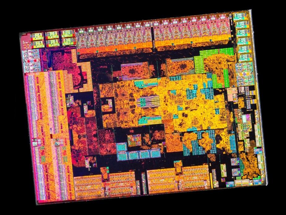 Кристалл AMD Ryzen 5 3600 крупным планом